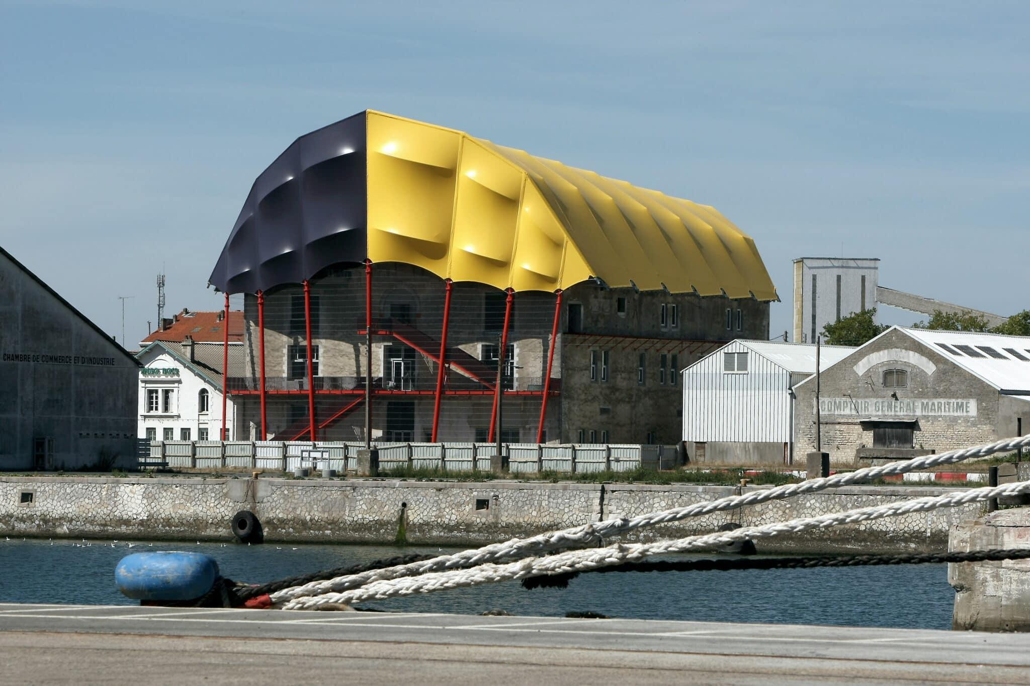 EMAlasirene-facade arriere-crédit F Le Lan CDA